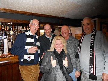 Histon Mariner Brian, Darrell, Jane, The long-suffering Keith and the President celebrate the new accord between Croydon and Histon with a diet coke.