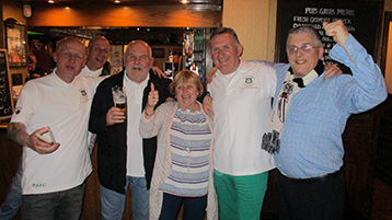 Adrian, Old Boy Mike, Kim and Stuart Duncan celebrate a successful campaign with the Innkeeper.